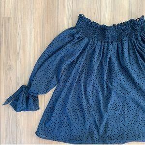 🌟 2/$20 Zara off shoulder top